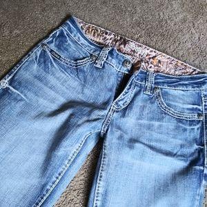 Adiktd jeans NWOT